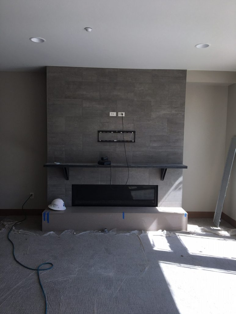 fireplace-with-mantel